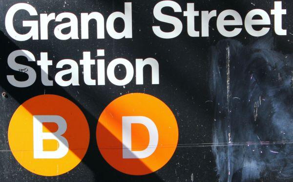 Grand Street B/D subway stop